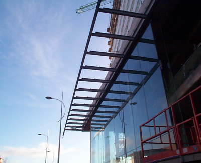 Canopy-Steelwork-over-shopping-centre-in-Hull