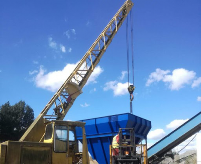 Installation-of-replacement-aggregate-hopper