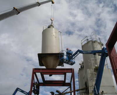 Installation-of-silo-onto-structural-steelwork